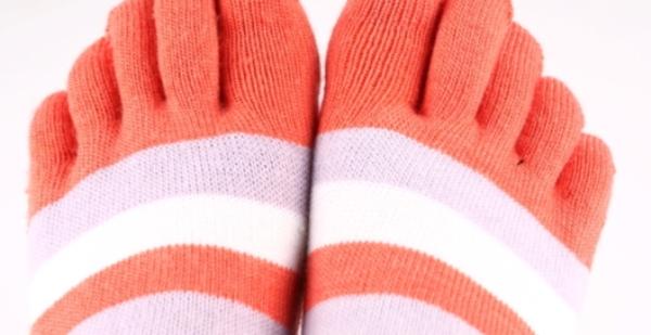Грибок между пальцев ног чем лечить