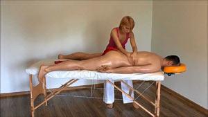 massazh-prostaty-doma-muzhu