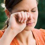 Почему чешутся глаза — причины